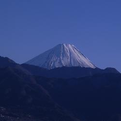 17年2月2日甲府盆地と富士山